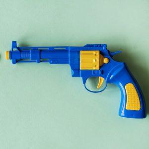 נשק צעצוע